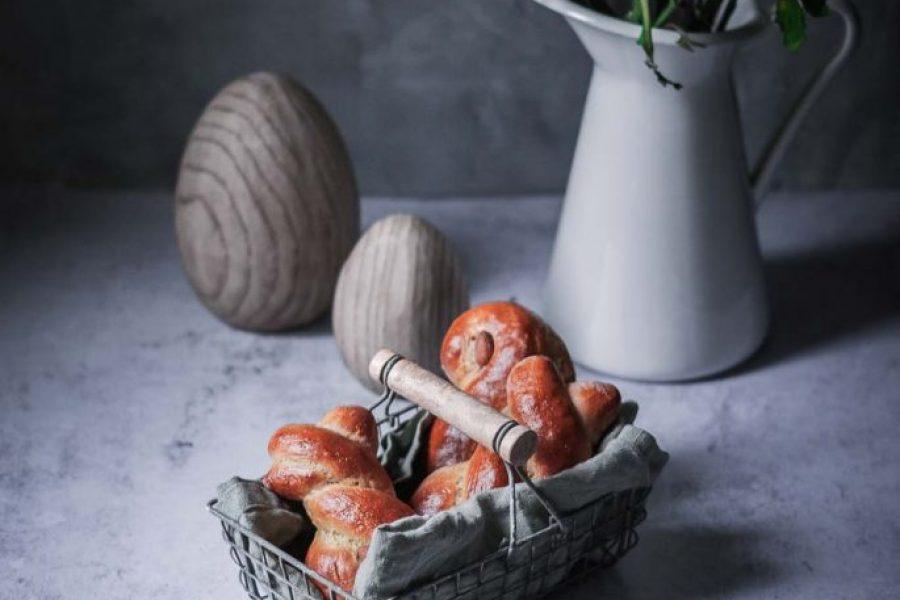 Osterhäschen und Hefezopf