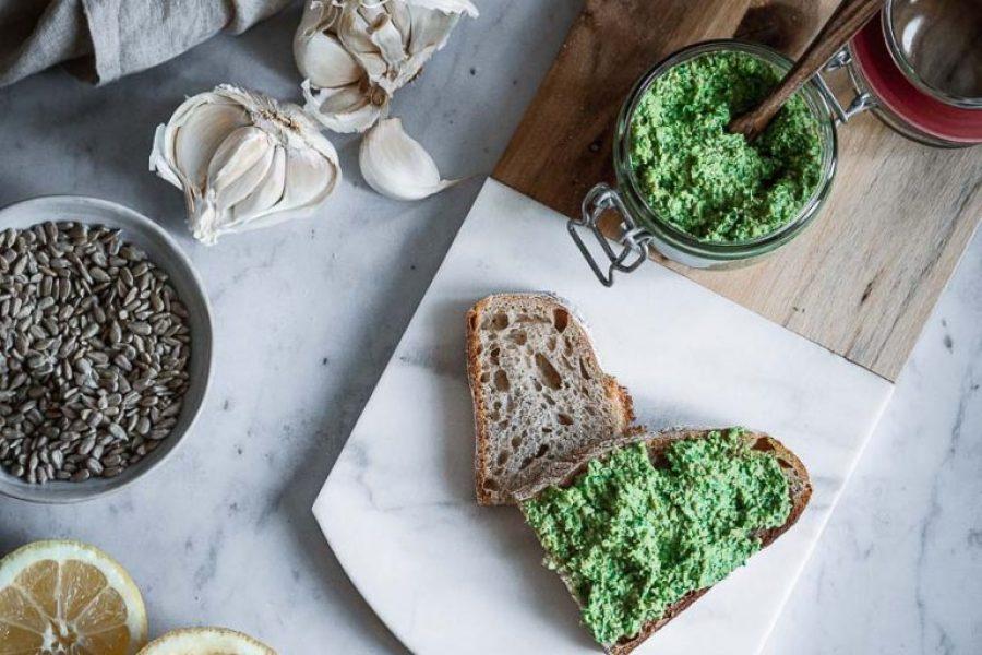 Bärlauchaufstrich – vegetarische Brotzeit