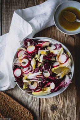 Sommerlicher Radicchio-Chicorée-Salat – die Sache mit der Rohkost im Ayurveda