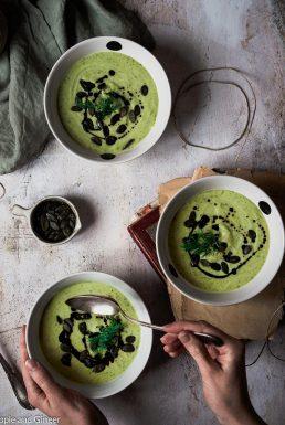 Zucchini-Erbsen-Suppe