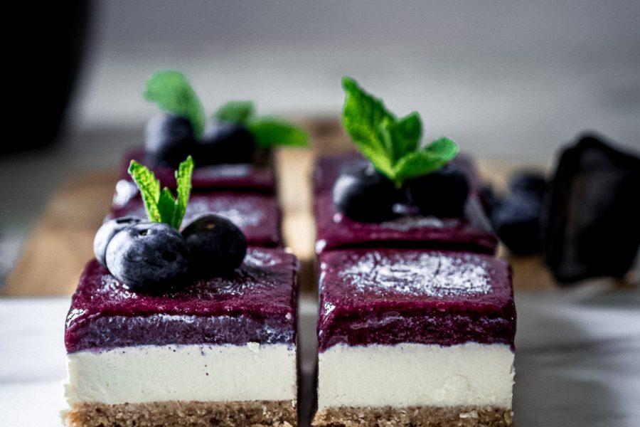 Kokos-Heidelbeer Raw Cake und Blendtec Designer 725 Erfahrungsbericht